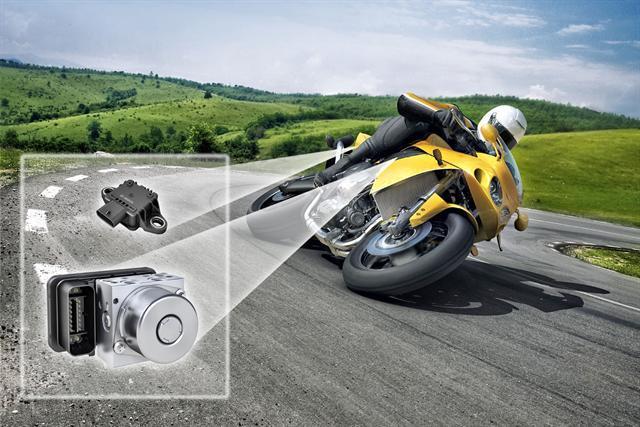 Kompakte Technik, große Wirkung: Mit einer Stabilitätskontrolle könnten zahlreiche Motorradunfälle verhindert werden.