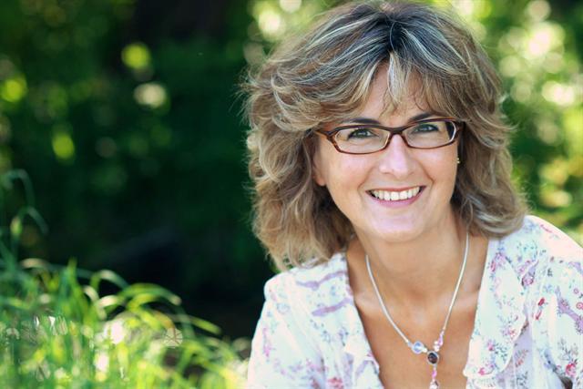 """Ernährungsberaterin Angelika fühlte sich schon nach zwei Wochen regelmäßiger Einnahme von Basica Direkt """"stabiler"""" und ausgeglichener."""