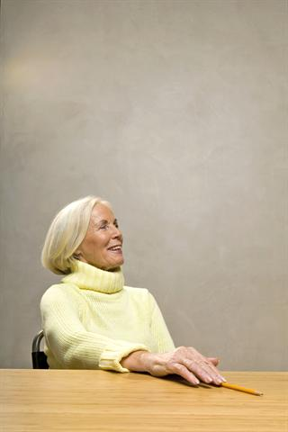 Im Kampf gegen den Schmerz lassen Rheumatiker oft nichts unversucht.