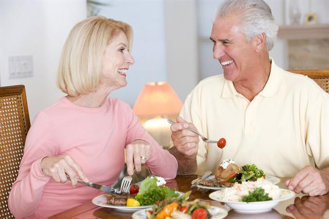 Eine ausgewogene und gesunde Ernährung ist wichtig.