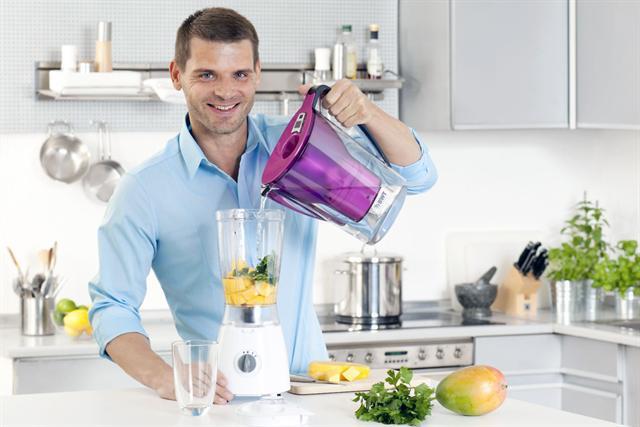 Food-Experte Reinhard-Karl Üblacker hat zusammen mit BWT eine ganze Reihe von Trinkrezepten mit Leitungswasser kreiert, die für Genuss und Erfrischung zugleich sorgen.