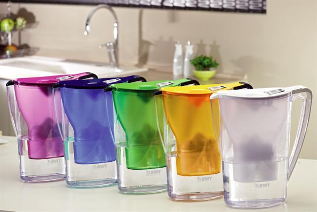 Den BWT Gourmet-Tischwasserfilter gibt es in vielen attraktiven Farben.