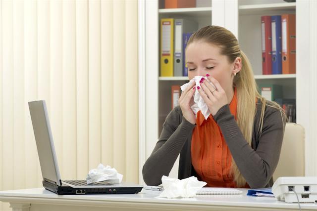 Ein Zinkmangel kann das Immunsystem schwächen - Erkältungserreger haben dann ein leichtes Spiel.