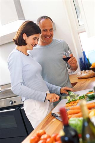 Zum Gemüse ab und zu auch mal ein Stück Rindfleisch servieren - das ist für die Versorgung des Körpers mit dem Spurenelement Zink sinnvoll.